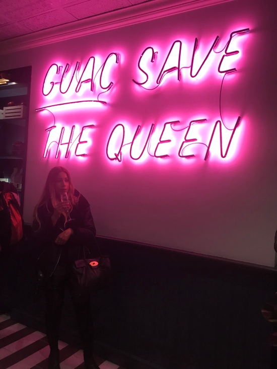 I kind a neon sign